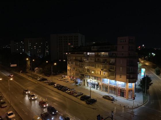 Пример фото iPhone XS 12Мп в условиях плохой освещенности - f/1.8, ISO 640, 1/20s
