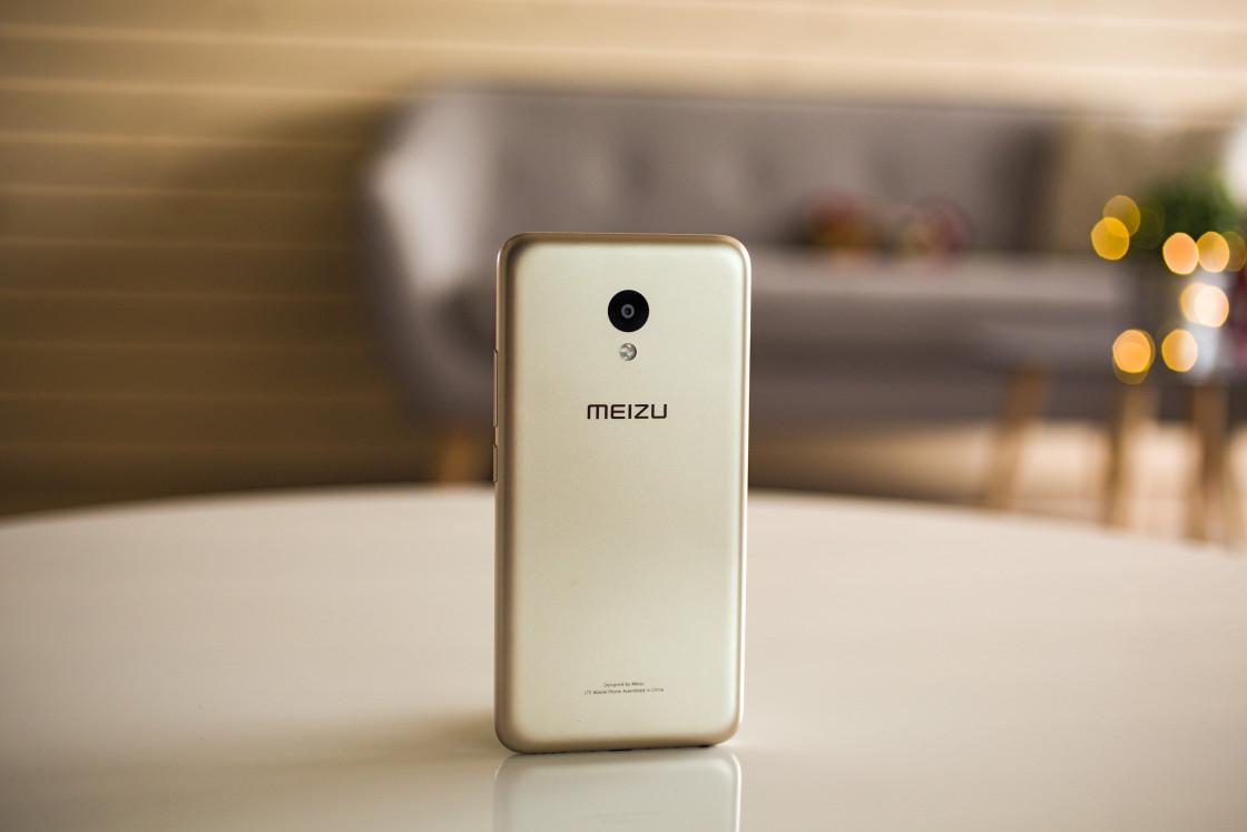 Обзор смартфона Meizu M5 - вид сзади