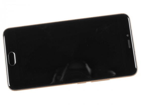 Обзор смартфона Meizu M5 - вид спереди, выключенный экран