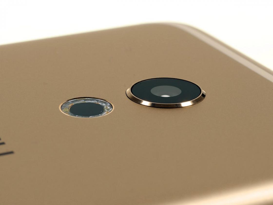 Обзор смартфона Meizu Pro 6 - камера со вспышкой