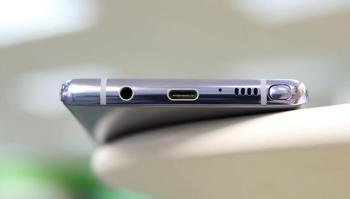 Обзор Samsung Galaxy Note 8 - нижняя часть