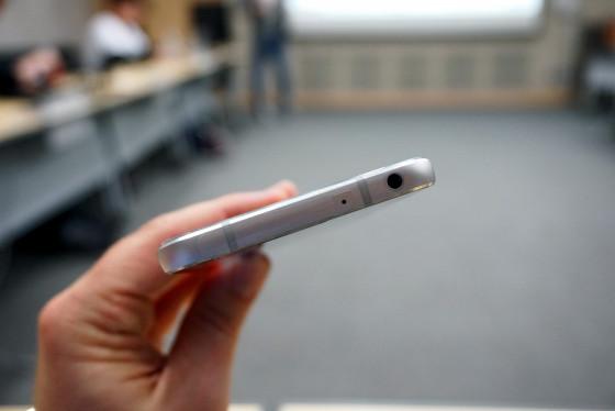 LG G6 - USB Type-C, микрофон и динамик