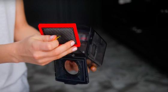 Емкость пылесборника VR7070 в разобранном виде (фото 3)