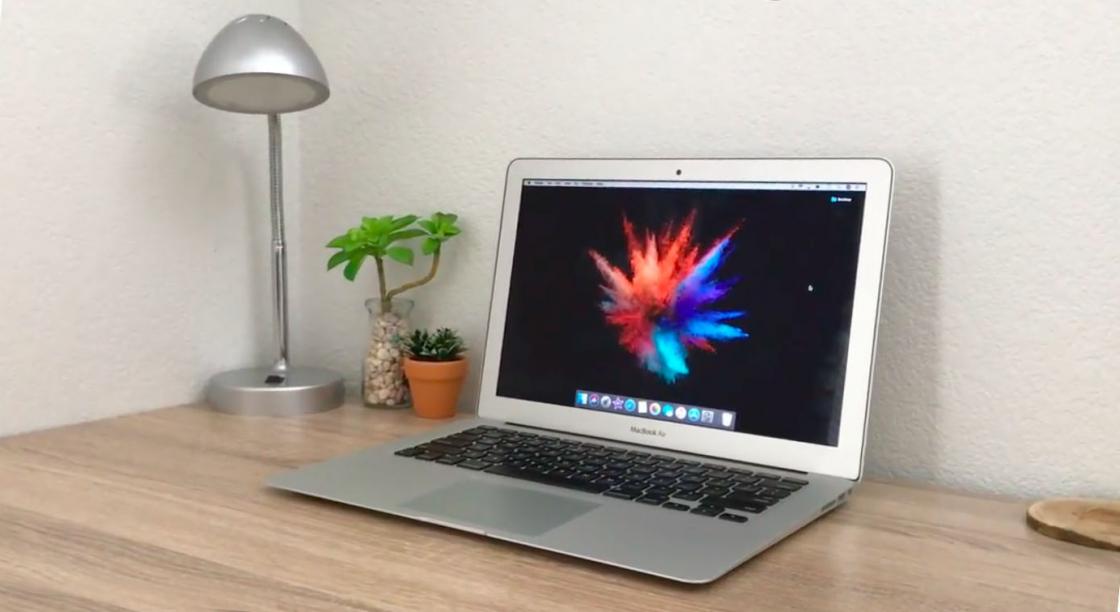 Обзор Apple MacBook Air (13-дюймов, 2017) - дисплей