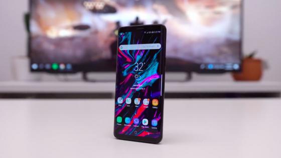 Обзор Samsung Galaxy S9 - для тех, кто самовыражается