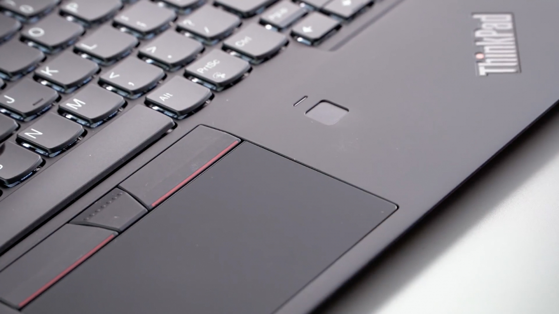 Lenovo ThinkPad X1 Carbon (2018) - тачпад и сканер отпечатков пальцев