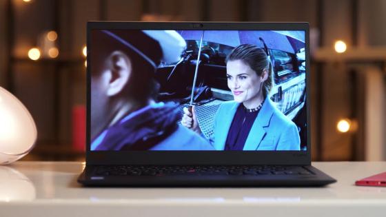 Обзор ноутбука Lenovo ThinkPad X1 Carbon (2018) - открытый ноутбук