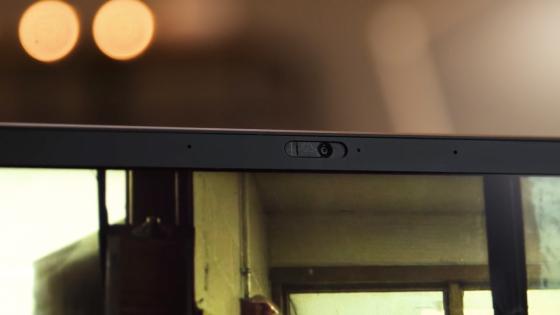 Обзор ноутбука Lenovo ThinkPad X1 Carbon (2018) - веб-камера