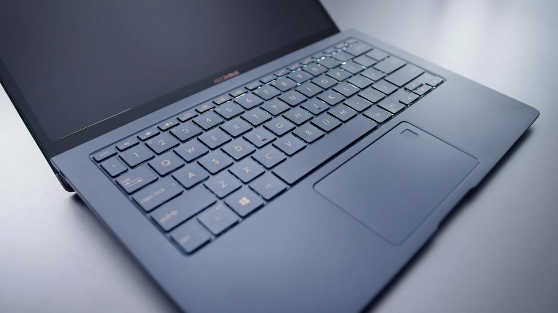 Интерьер ZenBook S UX391UA