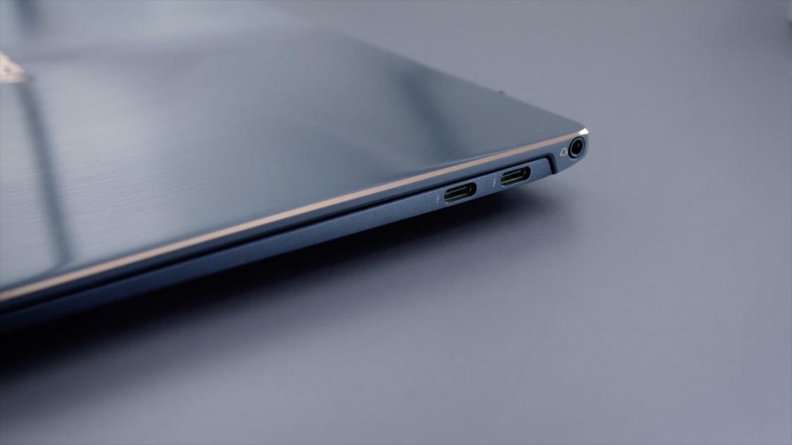 Разъемы ZenBook S UX391UA