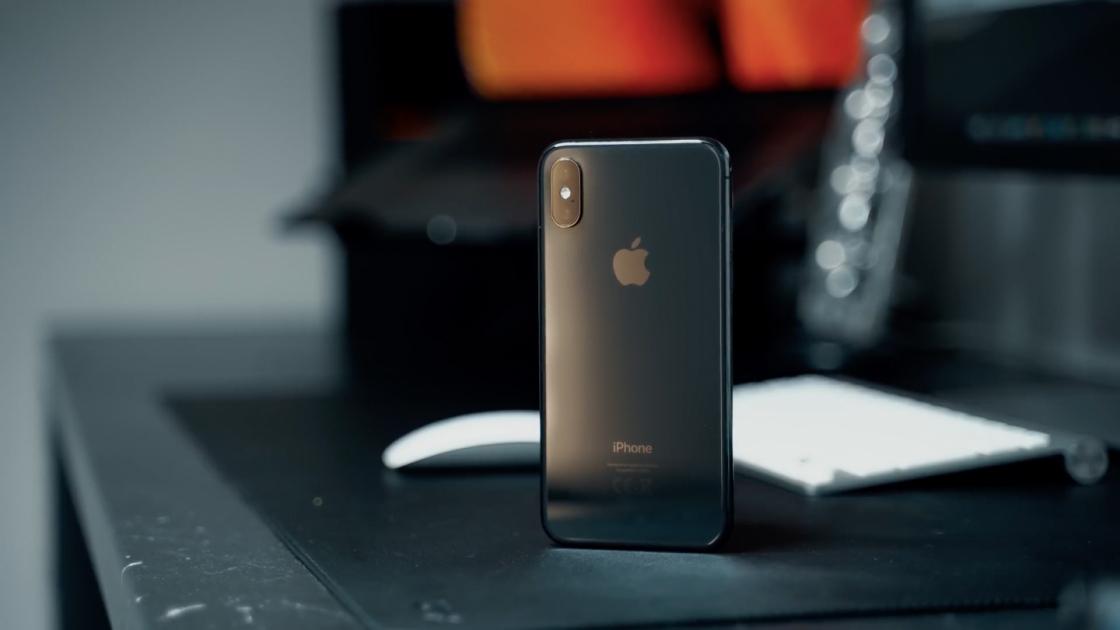 Дизайн iPhone XS
