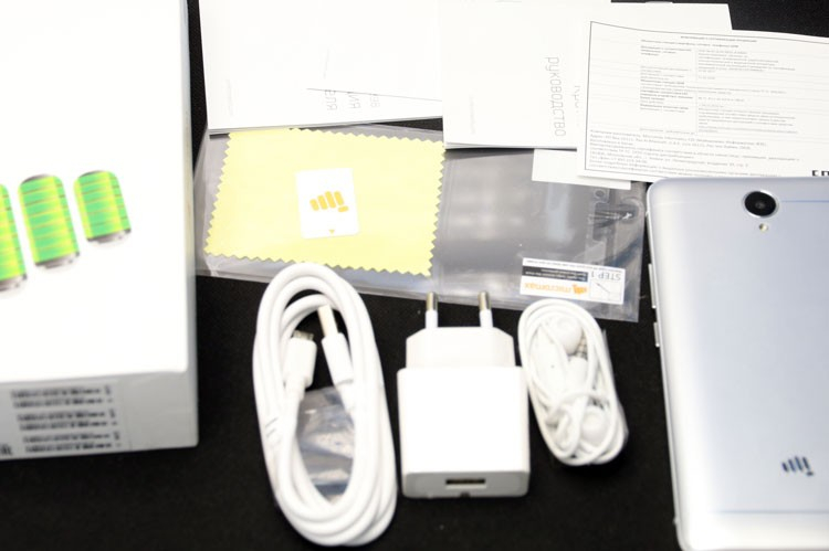 Комплектация Micromax Q398