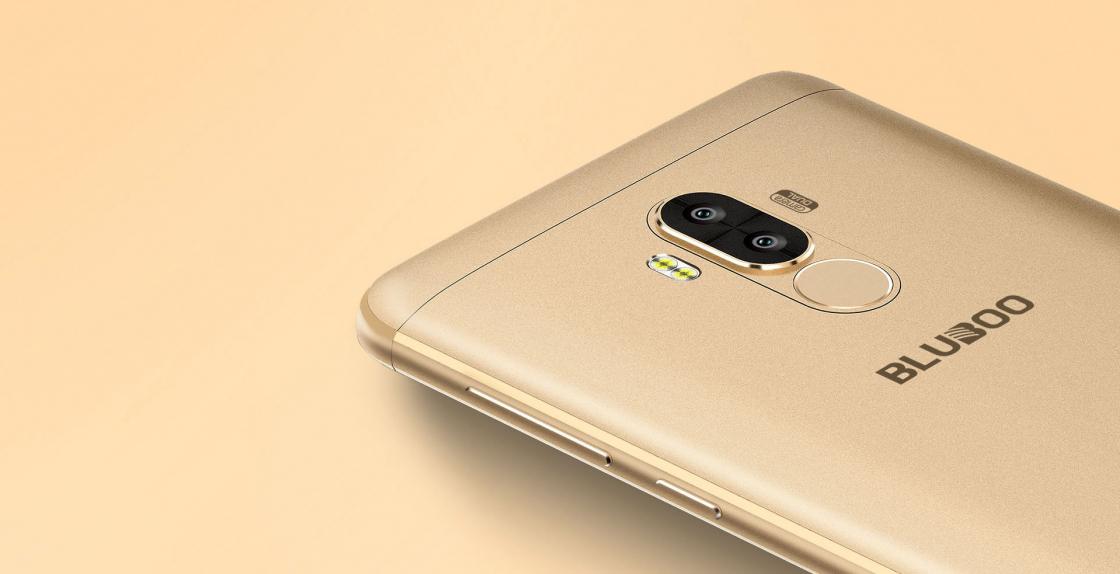 Обзор смартфона Bluboo D1 - двухсекционная светодиодная вспышка