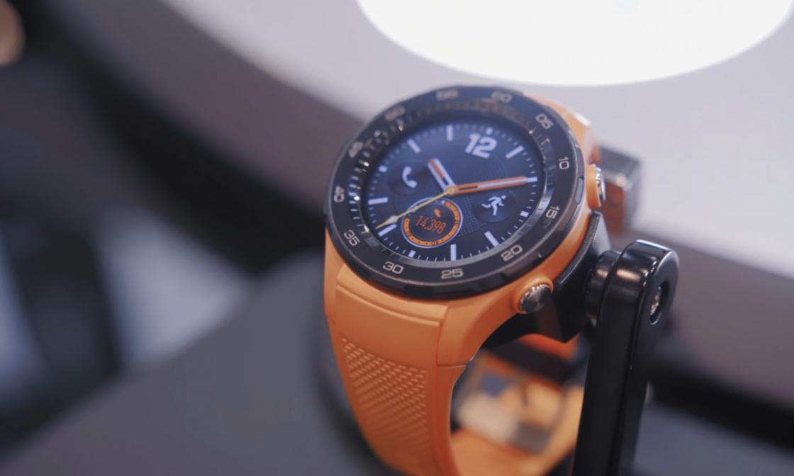 Обзор Huawei Watch 2 4G - AMOLED экран диагональю 1.2 дюйма