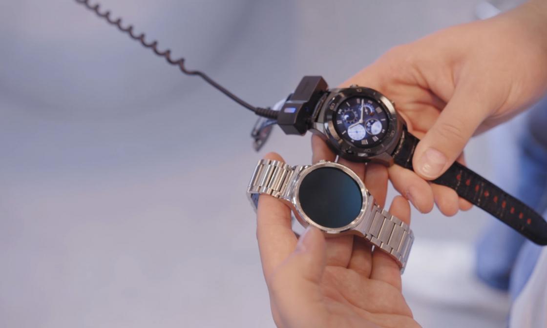 Обзор Huawei Watch 2 - сравнение с первым поколением