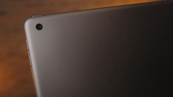 Обзор iPad 9.7 2017 - основная камера