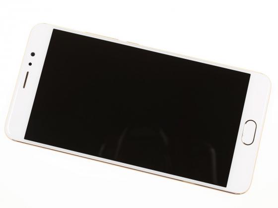 Обзор Meizu Pro 6 Plus - вид спереди