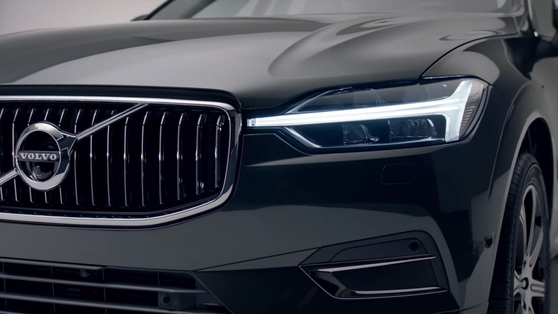 Обзор Volvo XC602017 - фара молот тора