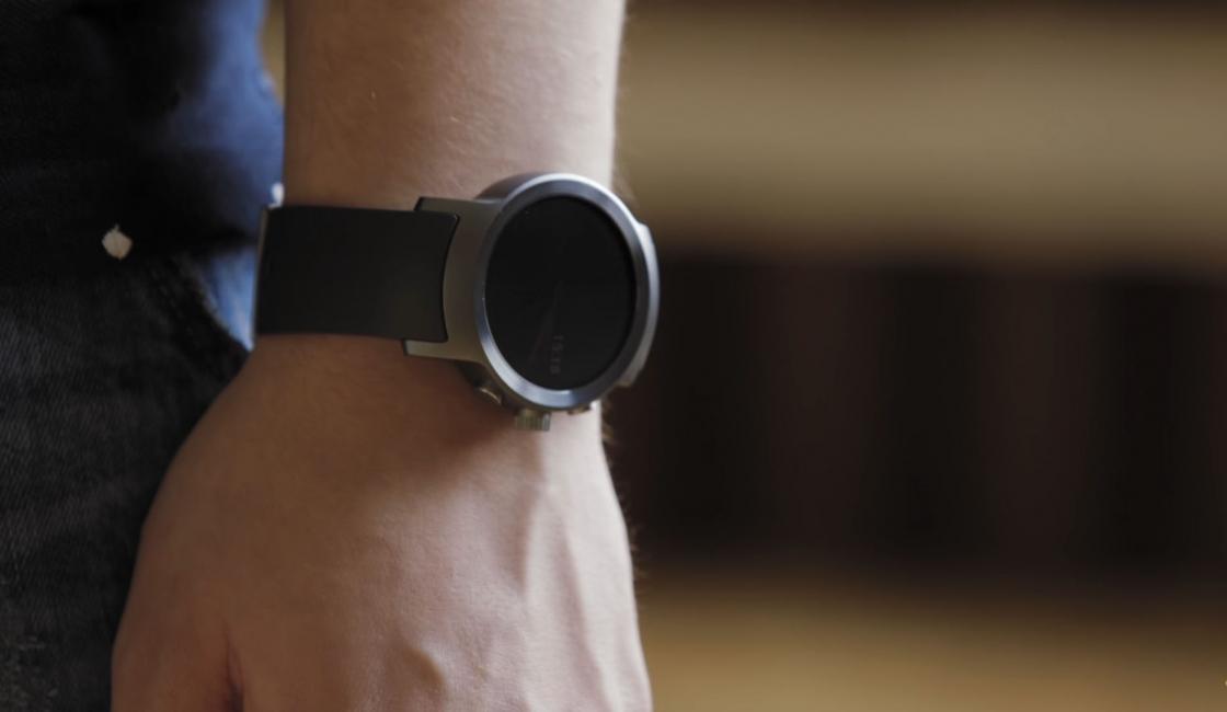 Обзор LG Watch Sport - на руке