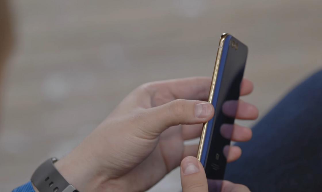 Обзор Xiaomi Mi 6 - справа качелька громкости и кнопка питания