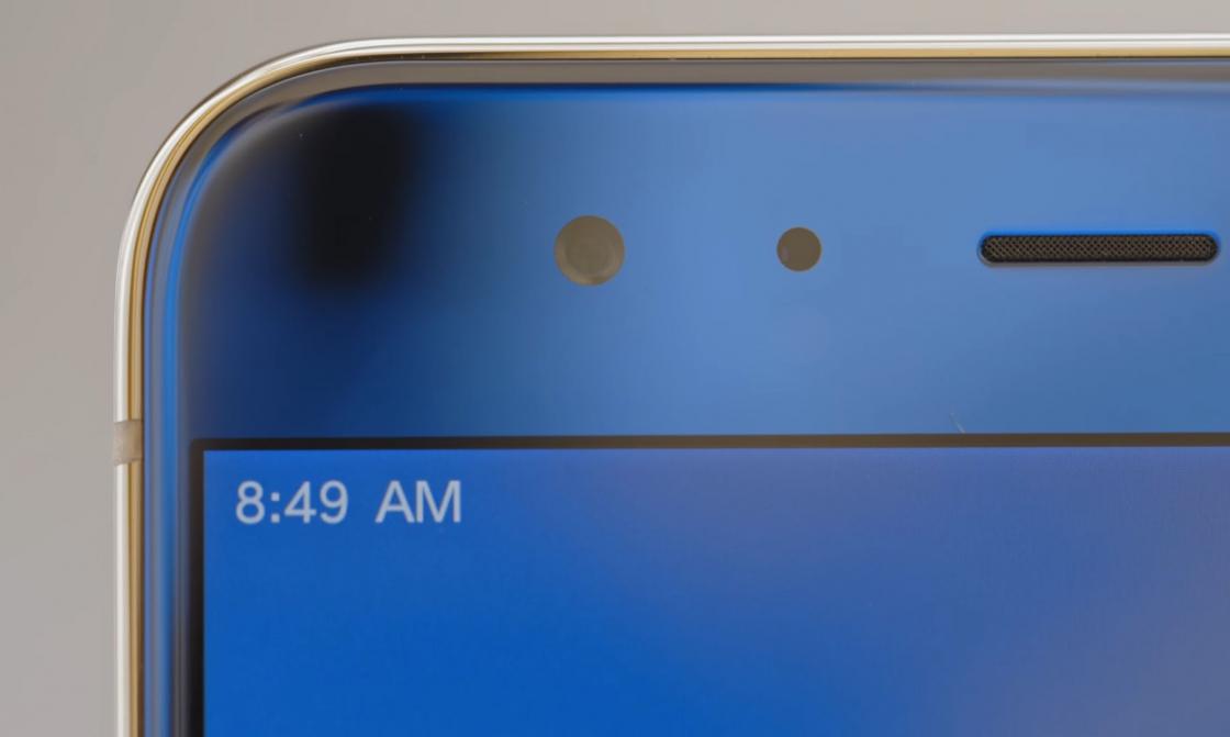 Обзор Xiaomi Mi 6 - черную рамку практически не видно